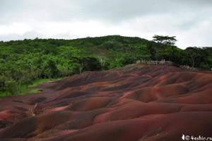 Шамарель, разноцветный песок