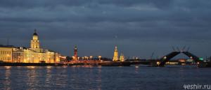 Дворцовый мост и Стрелка