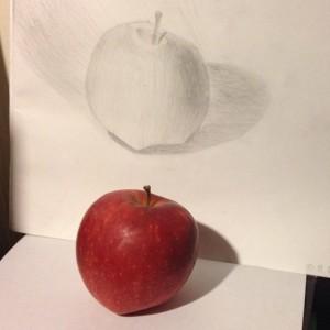 Первое яблоко