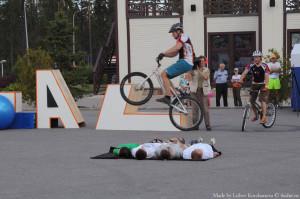 Перепрыг на велосипеде