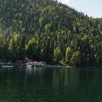 На смотровой площадке озера Рица