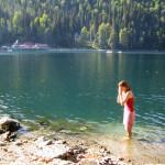 Вода озера Рица