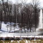 Апрель - время фонтанов и снега