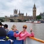 На борту прогулочного катера