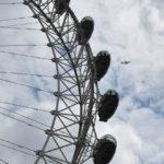 Лондонский глаз и самолёт