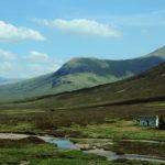 Домик в горах Шотландии